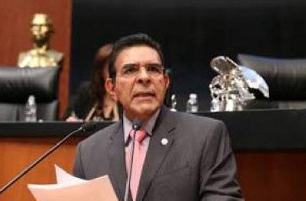 Desiste López Brito de buscar candidatura a diputado federal