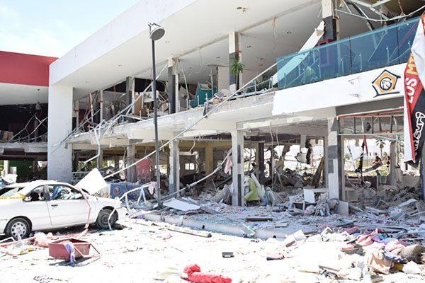 Apoyará Gobierno del Estado a locatarios afectados por explosión de la Plaza Lemaz