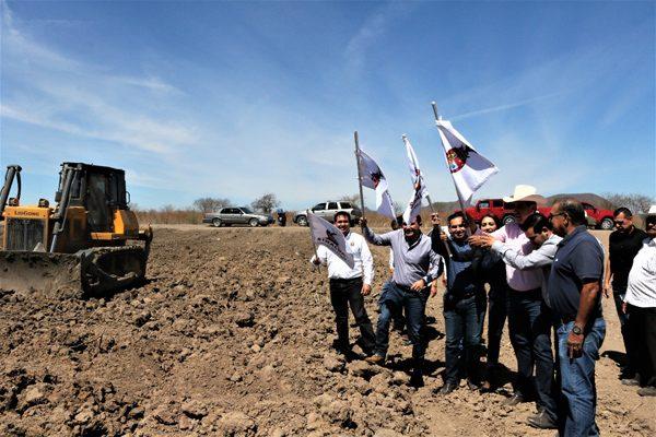 Invierten más de 2 millones en abrevadero para el ganado del sur de culiacán