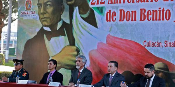 Conmemoran el natalicio de Benito Juárez