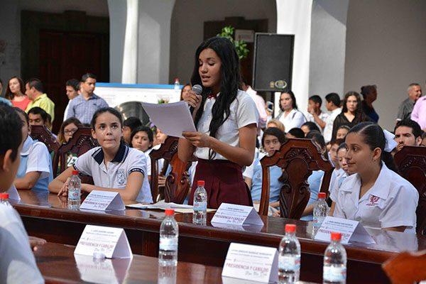 Convoca Ayuntamiento a Cabildo de Niñas, Niños y Adolescentes