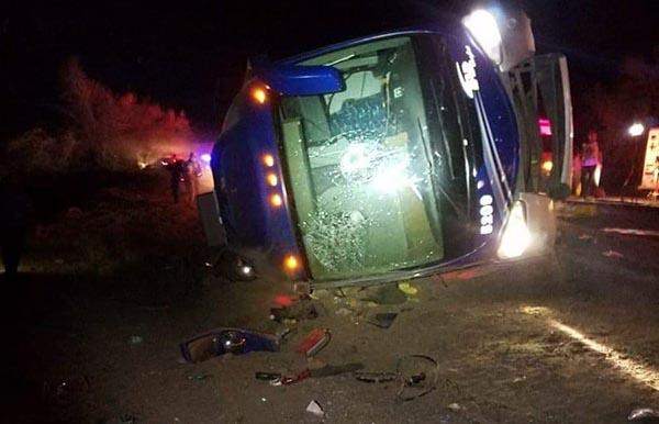 Deja nueve muertos camionazo en Caborca