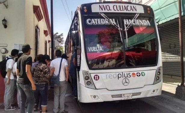 Camiones 'empañan' el Centro Histórico