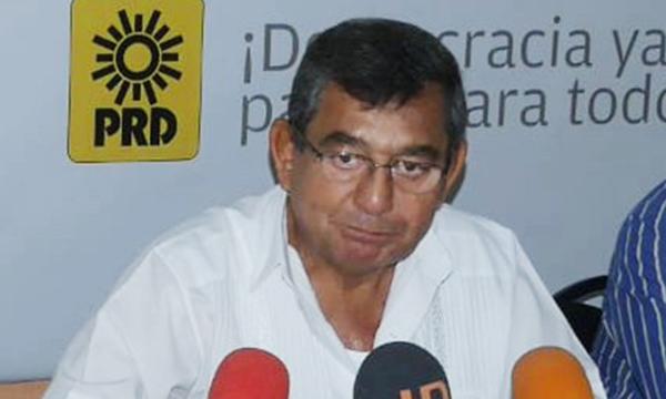 Busca PRD bajar entre 4 y 5 pesos el precio de litro de gasolinas