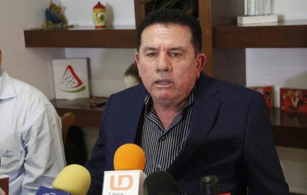 Detienen a funcionario por dar colchones en mal estado en Sinaloa