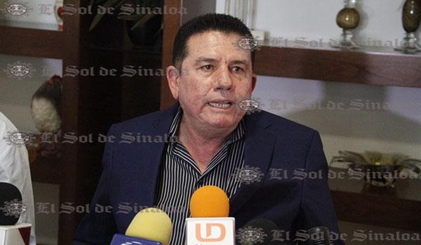 Mi hijo Carlos no se presta a malos negocios: Baltazar Castro