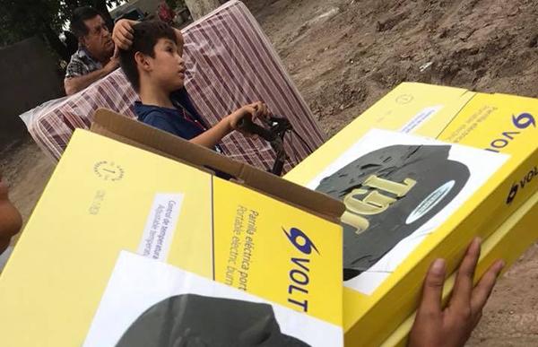 """Envían apoyos supuestamente por """"El Chapo"""" Guzmán"""