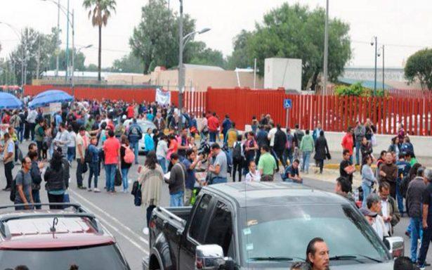 Sindicatos protestan en San Lázaro; piden ser incluidos en negociación del TLCAN