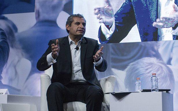 Ochoa Reza busca que el INE sancione a Andrés Manuel