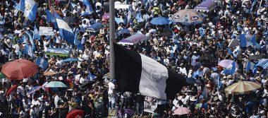 Escalan protestas contra el presidente de Guatemala