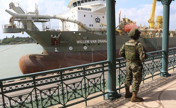 La Secretaría de Marina ya custodia los puertos