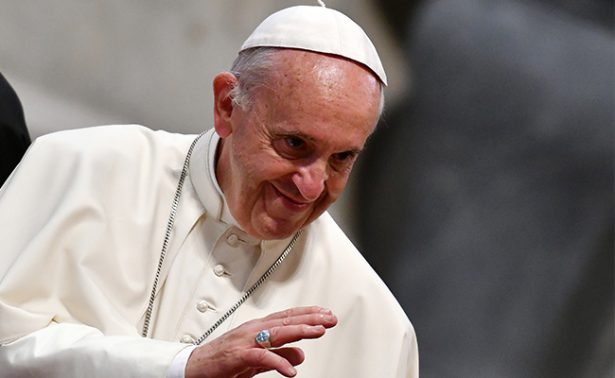 Continúa el Papa Francisco sacudido por problemas con la ciática