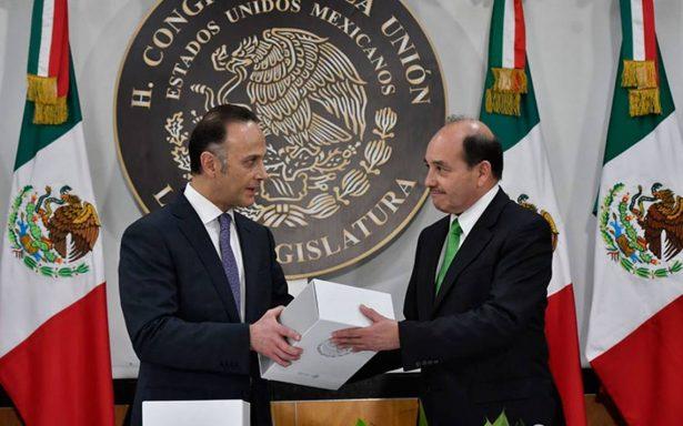 Entrega del V Informe de Gobierno de EPN sólo duró 2 minutos