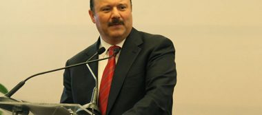 Giran orden de aprehensión contra César Duarte; a proceso cuatro de sus funcionarios
