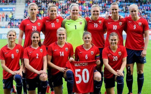 Selección femenil de Noruega, la primera en ganar lo mismo que la varonil