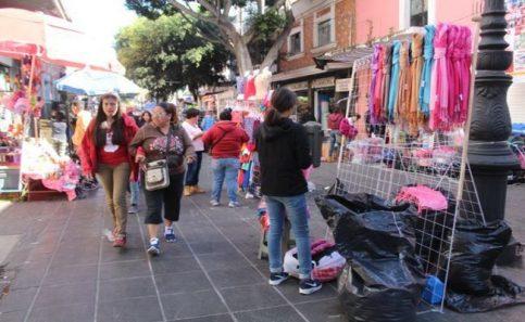 Rechazan informales traslado a Corredor Comercial