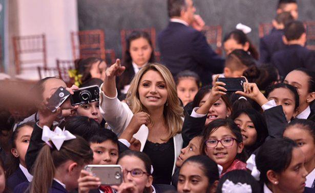 Angélica Rivera de Peña se reúne con niñas y niños del X Parlamento Infantil