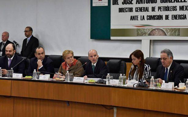 Director de Pemex elude caso Odebrecht, alza de gasolinas y gas doméstico