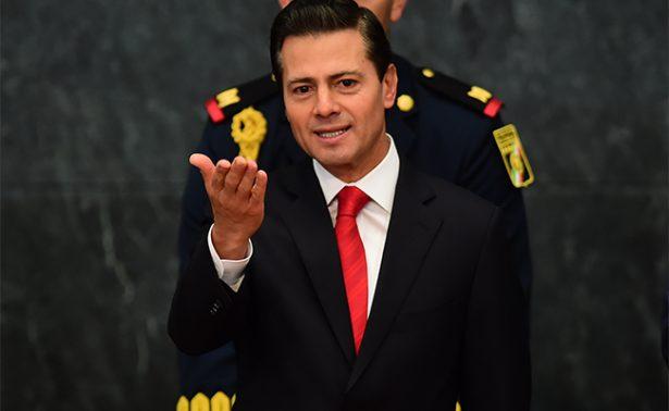 Legisladores latinos piden invitar a Peña Nieto al Congreso de EU