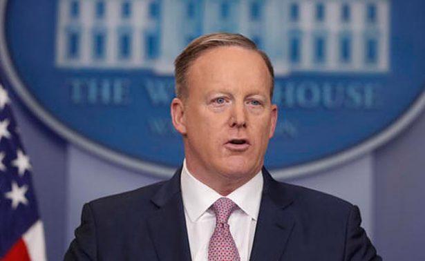 Spicer organiza pláticas telefónicas con CIA sobre vínculos de Trump con Rusia