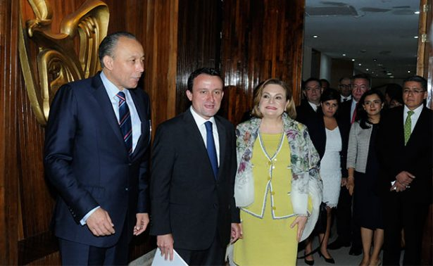 Anuncia IMSS la mayor inversión de la historia del país en medicamentos