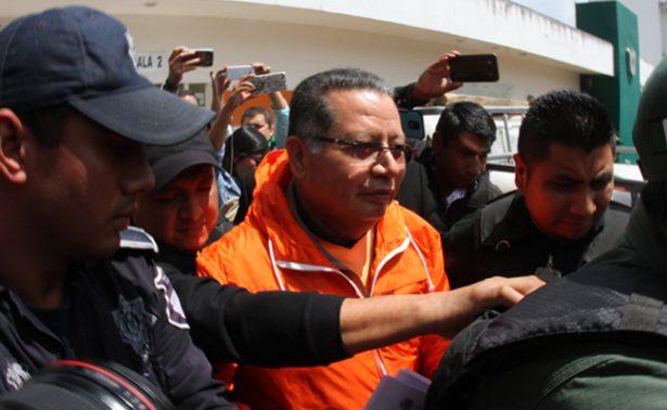 Trasladan a Flavino Ríos de penal a hospital por problemas de salud