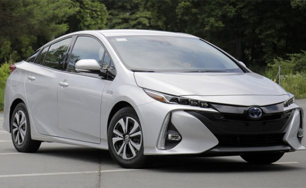 Toyota supera los 10 millones de vehículos híbridos vendidos en el mundo