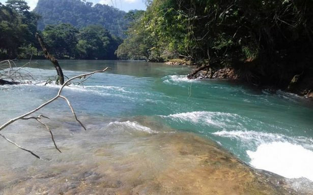 Baja de fluido en Cascadas de Agua Azul por desvío natural, afirma Conagua