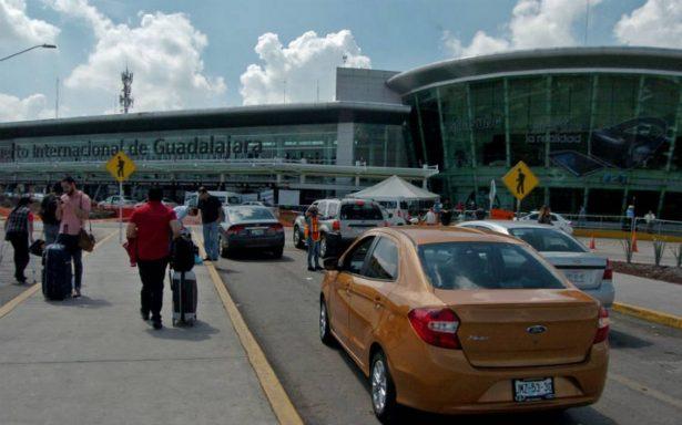 Autoridades analizan ampliación del aeropuerto de Guadalajara