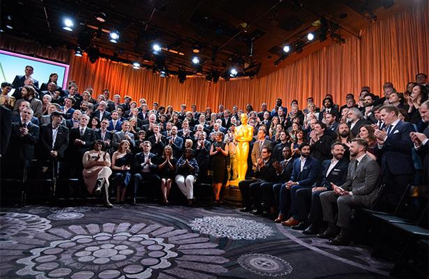 ¡Como en foto de generación posan los nominados al Oscar!