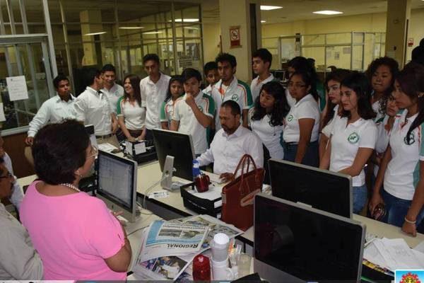 Alumnos de la Universidad Tecnológica de Altamira Visitan Nuestra Casa Editora