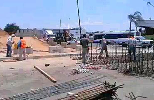 """Reforzaron la Estructura del Paso a Desnivel en """"El Barquito"""""""