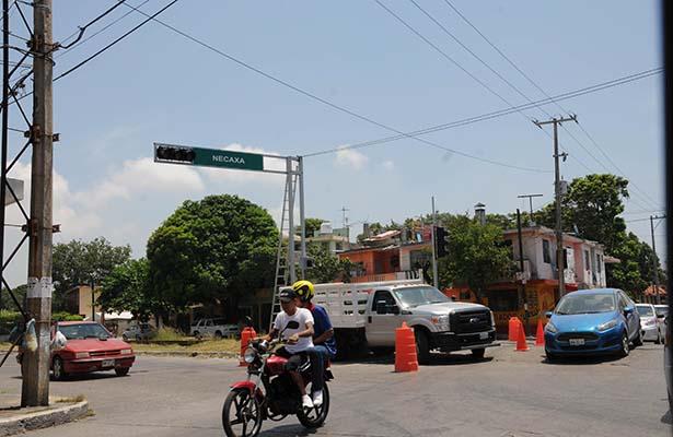 Semáforos Recientemente Instalados Están Sin Funcionar