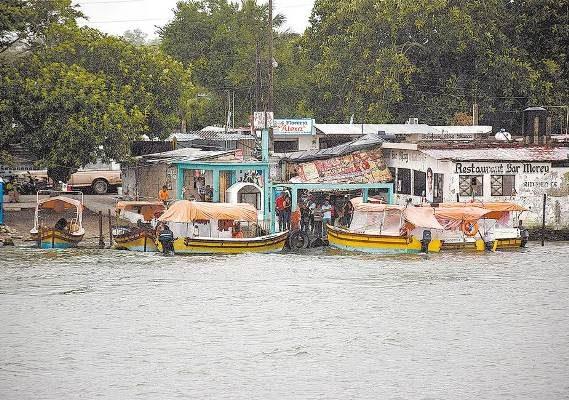 Vulnerables Miles de Familias Ante el Impacto de un Ciclón
