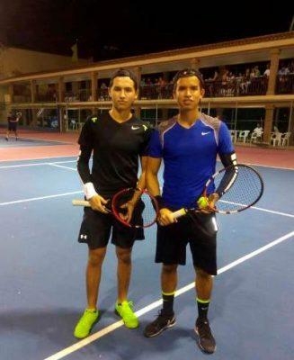 Ricardo y Alejandro Campeones de la Copa de Tenis en el Regatas Corona