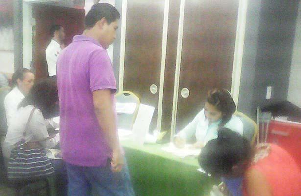 Con Éxito se Desarrolla la Primera Feria del Empleo Altamira 2016