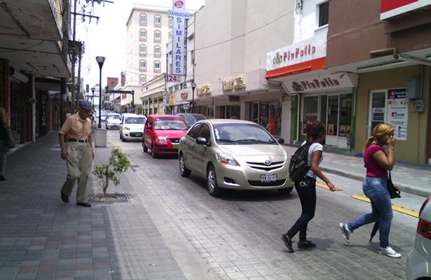 Fallas en la Obra de la Zona Peatonal de Tampico