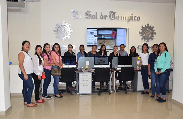 Estudiantes de la UT realizan amable visita a nuestro diario