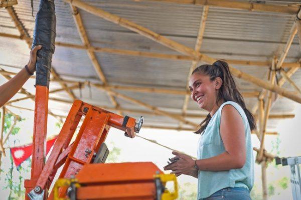 Mexicana colabora en la reconstrucción de una comunidad en Nepal