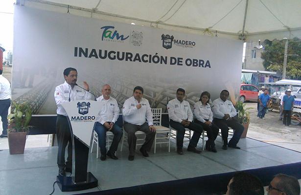 Inaugura AZ calle Pedro J. Méndez