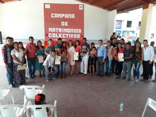19 parejas contrajeron matrimonio en Tampico Alto