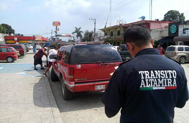 Operación grúa también para unidades chatarra en Altamira