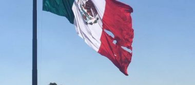 Se rasga Bandera durante ceremonia en Campo Marte