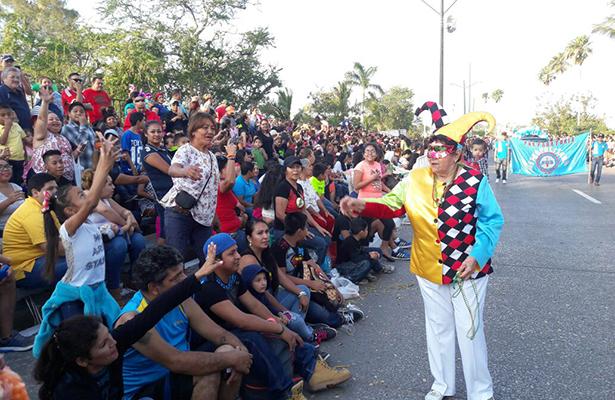 Arranca el segundo día del Carnaval Tampico 2017