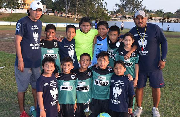 Altamira Rayados se corona en la Copa Pumas
