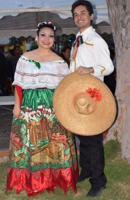 Fiesta de Folclor en la Plaza Jalisco