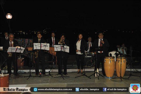 Disfrutaron de una Noche Musical