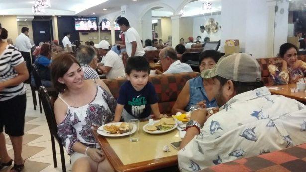 Reportan restaurantes buenas ventas por Día del Padre