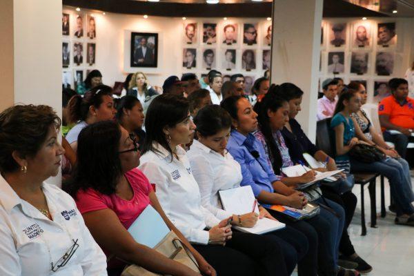 Promueven nueva cultura comercial entre los empresarios maderenses