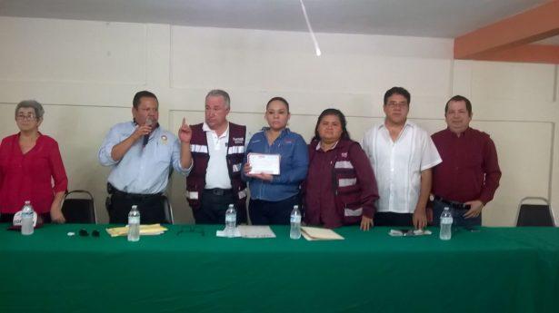 Obreros y familias del SITRACE en Altamira se unen a Morena